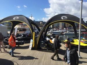 X-Gloo telt på utendørs event