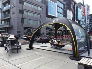 X-Gloo telt med digitaltrykket bakvegg
